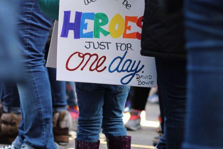 Protestlerin in Chicago, USA, Jessica Pdraza, CC0, unplash